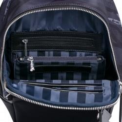 Modny damski plecak z jesiennej kolekcji Czarny