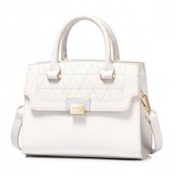 ''NUCELLE'' biała torebka  w kształcie kuferka, do ręki i na ramię