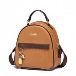 Plecak brązowy charmsy